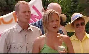 Max Hoyland, Steph Scully in Neighbours Episode 4755