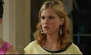 Janae Timmins, Stingray Timmins in Neighbours Episode 4760