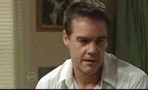 Paul Robinson in Neighbours Episode 4775