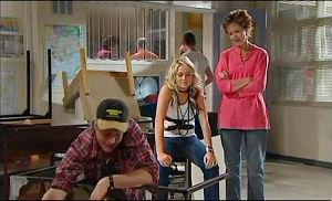 Joe Mangel, Sky Mangel, Susan Kennedy in Neighbours Episode 4777