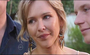 Steph Scully, Boyd Hoyland in Neighbours Episode 4777
