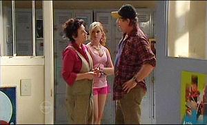 Lyn Scully, Janae Timmins, Joe Mangel in Neighbours Episode 4777