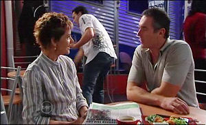 Susan Kennedy, Karl Kennedy in Neighbours Episode 4777