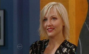 Sindi Watts in Neighbours Episode 4779