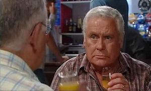 Harold Bishop, Lou Carpenter in Neighbours Episode 4779