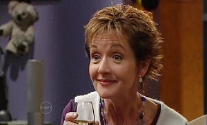 Susan Kennedy in Neighbours Episode 4780