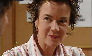 Lyn Scully in Neighbours Episode 4781