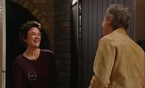 Lyn Scully, Joe Mangel in Neighbours Episode 4781