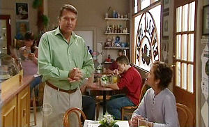 Alex Kinski, Susan Kennedy in Neighbours Episode 4784