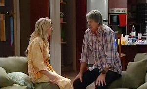 Sky Mangel, Joe Mangel in Neighbours Episode 4786