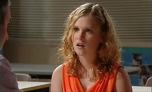 Janae Timmins in Neighbours Episode 4786