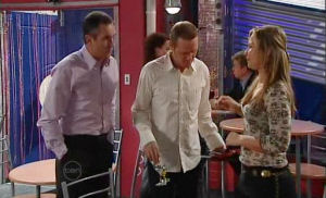 Karl Kennedy, Max Hoyland, Steph Scully in Neighbours Episode 4787