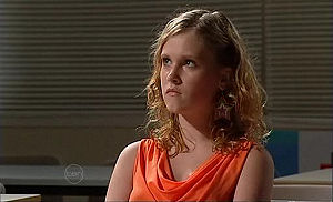 Janae Timmins in Neighbours Episode 4787