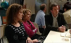 Liljana Bishop, Serena Bishop, David Bishop in Neighbours Episode 4789