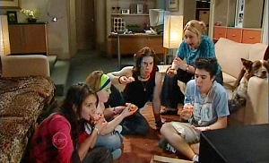 Rachel Kinski, Bree Timmins, Dylan Timmins, Janelle Timmins, Stingray Timmins in Neighbours Episode 4790