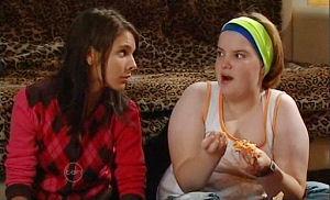 Bree Timmins, Rachel Kinski in Neighbours Episode 4790
