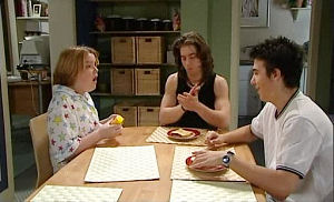 Bree Timmins, Dylan Timmins, Stingray Timmins in Neighbours Episode 4790