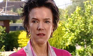 Lyn Scully in Neighbours Episode 4793