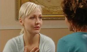 Susan Kennedy, Sindi Watts in Neighbours Episode 4794