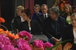 Boyd Hoyland, Lyn Scully, Max Hoyland, Joe Mangel, Steph Scully, Sky Mangel in Neighbours Episode 4854
