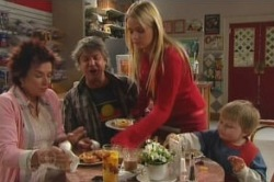 Lyn Scully, Joe Mangel, Sky Mangel, Oscar Scully in Neighbours Episode 4855
