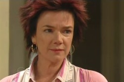Lyn Scully in Neighbours Episode 4856
