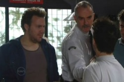 Glen Richards, Officer Steven Lee, Stingray Timmins in Neighbours Episode 4857