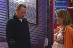 Max Hoyland, Steph Scully in Neighbours Episode 4857