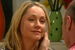 Janelle Timmins, Kim Timmins in Neighbours Episode 4858