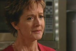 Susan Kennedy in Neighbours Episode 4877
