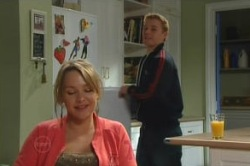 Boyd Hoyland, Steph Scully in Neighbours Episode 4877