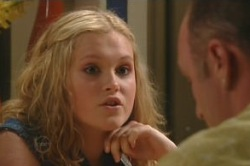 Janae Timmins, Kim Timmins in Neighbours Episode 4878