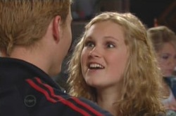 Boyd Hoyland, Janae Timmins in Neighbours Episode 4878