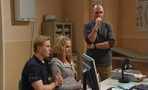 Boyd Hoyland, Janae Timmins, Kim Timmins in Neighbours Episode 4893