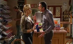 Janelle Timmins, Karl Kennedy in Neighbours Episode 4893