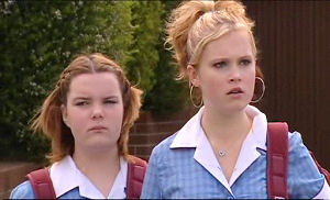 Bree Timmins, Janae Timmins in Neighbours Episode 4893