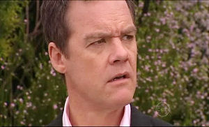 Paul Robinson in Neighbours Episode 4914