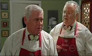 Lou Carpenter, Harold Bishop in Neighbours Episode 4914