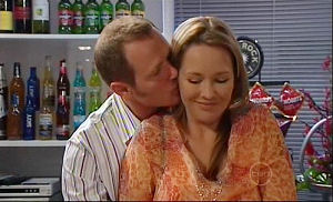 Max Hoyland, Steph Scully in Neighbours Episode 4914