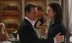 Paul Robinson, Dylan Timmins in Neighbours Episode 4914