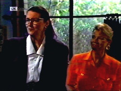 Dorothy Burke, Helen Daniels in Neighbours Episode 1408