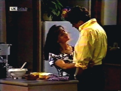 Caroline Alessi, Phil Hoffman in Neighbours Episode 1410