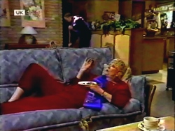 Harold Bishop, Madge Bishop in Neighbours Episode 1410
