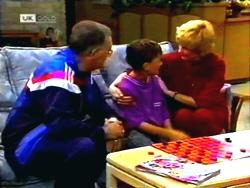 Harold Bishop, Toby Mangel, Madge Bishop in Neighbours Episode 1411