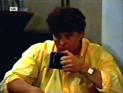 Phil Hoffman in Neighbours Episode 1411