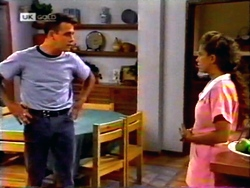 Glen Donnelly, Lucy Robinson in Neighbours Episode 1412