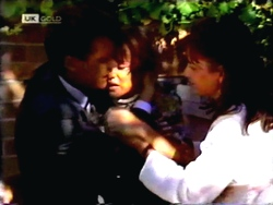 Paul Robinson, Christina Alessi, Caroline Alessi in Neighbours Episode 1412