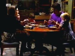 Melanie Pearson, Toby Mangel, Joe Mangel, Sky Bishop in Neighbours Episode 1412