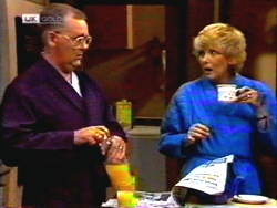 Harold Bishop, Madge Bishop in Neighbours Episode 1413