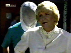 Harold Bishop, Madge Bishop in Neighbours Episode 1417